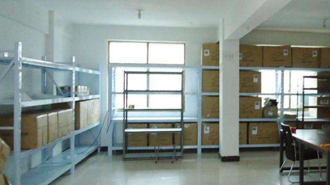 買い付けた商品を保存する倉庫も完備